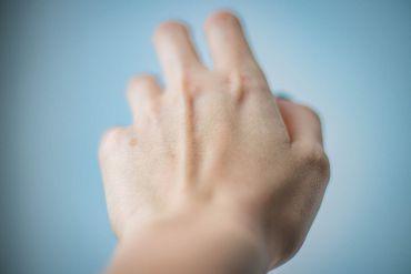 онемение пальцев рук во время сна